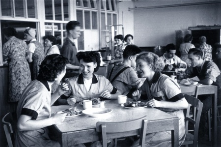 Richard Hoggart/British workers eating in staff cafeteria