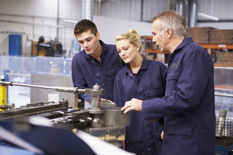 apprentices-skills-teaching