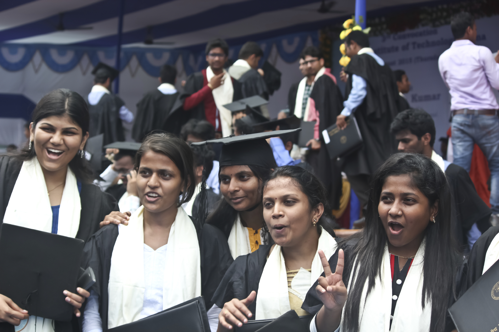 Indian governor orders universities to scrap \'European\' graduation ...
