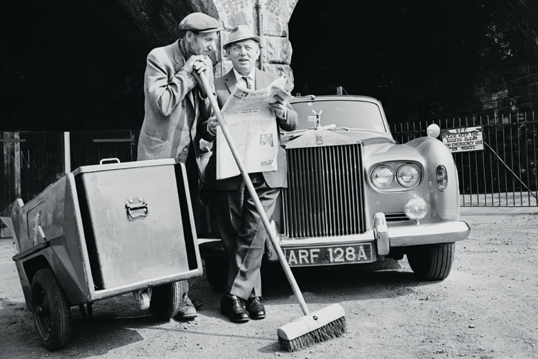 Fred Cooper and George Willock standing beside Rolls Royce, 1967