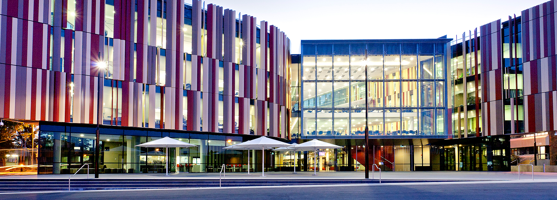 https://www.timeshighereducation.com/sites/default/files/institution/header_image/macquarie-university-building.jpg