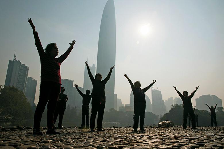 Morning exercises in Shenzen