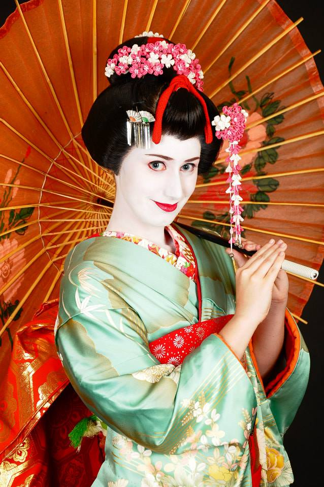 Rose Telyczka as a Geisha