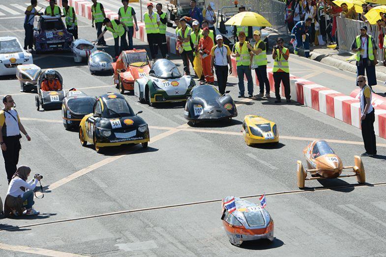 Miniature car race