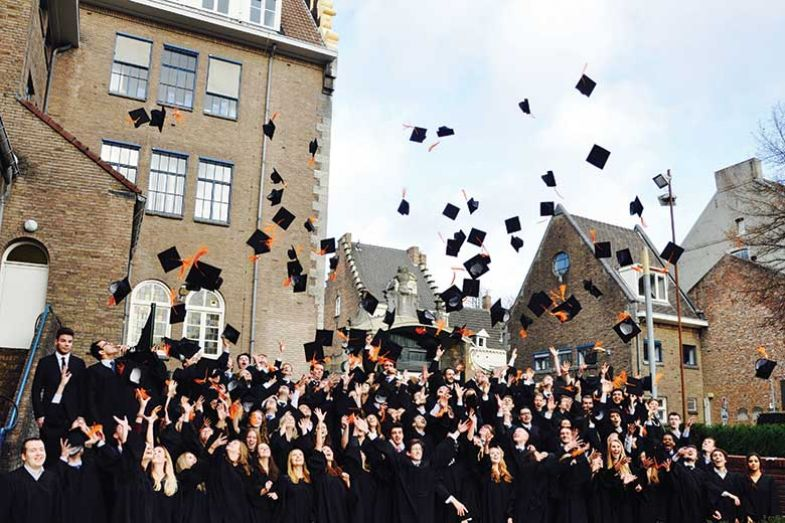 hsbc-international-students-780