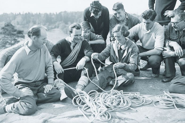 Pioneering British climber Nea Morin teaches a safety knot