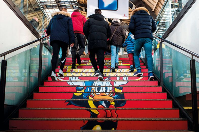 Steps with Donald Duck advert
