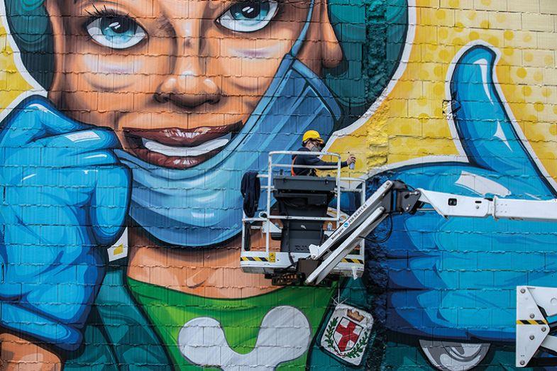 Thumb mural