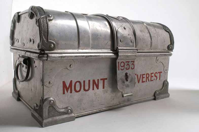 Medicine chest used on Everest