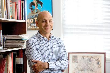 Claudio Saunt
