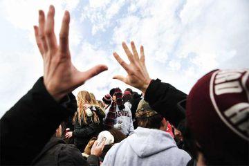hands-up-harvard-students