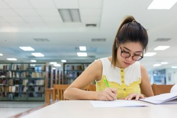 Real life tips on surviving your first year of university