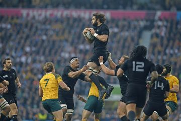 Sam Whitelock catching line out ball in RWC15 final