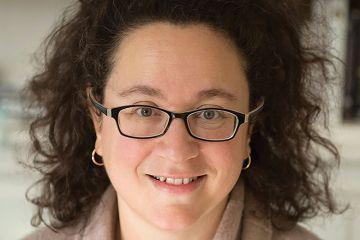 Crime author Sophie_Hannah