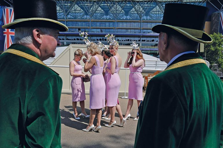 women dressed the same