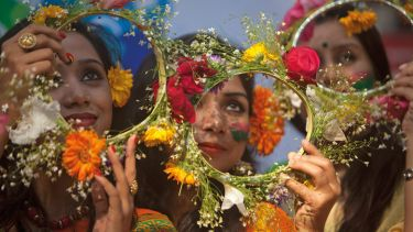 Bangladeshi girl has head decorated with flowers, Dhaka University