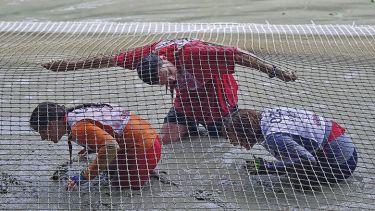 Crawling under net