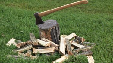 Cuts, chopping block, axe
