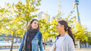 Overseas university students in Canada