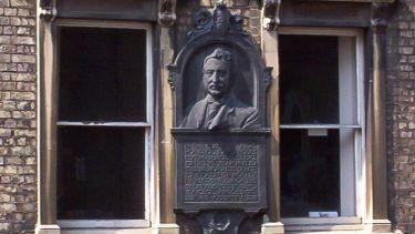 Rhodes Oxford plaque