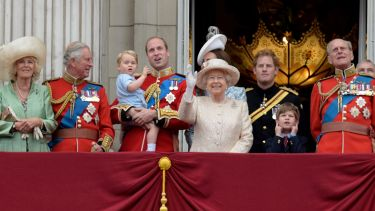 Where did the royal family go to university?