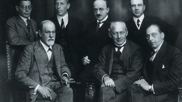 Sigmund Freud sitting among some of his pupils, Vienna, 1922