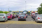 Long queues at an EU border crossing in Hungary