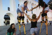 Teamwork to stay balanced