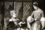Edith Craig with her mother Ellen Terry