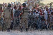 Turkish soldiers stand guard, Suruc, Sanliurfa province