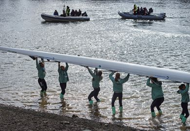 Cambridge women rowers