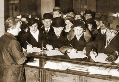 Crowd signing President Hindenburg petition