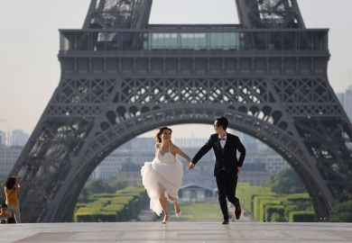 Newlyweds at Eiffel Tower, Paris