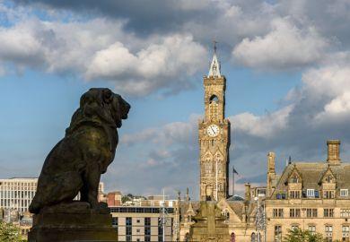 Bradford, statue, town hall