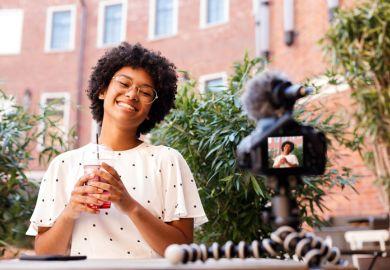 vlogging, university, students, visiting