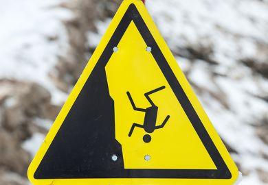 Risk of fall warning sign