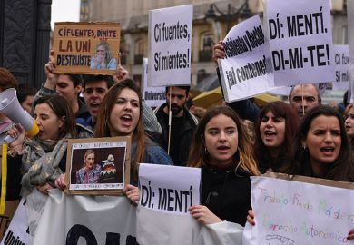 spanish-student-protest