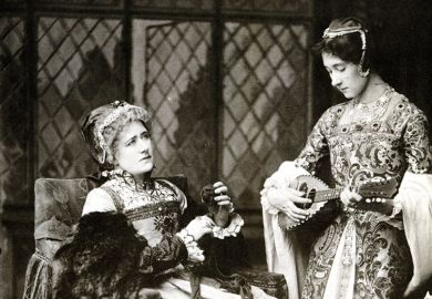 Edith Craig with her mother Ellen Terry