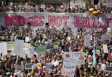 wall-protest-banner