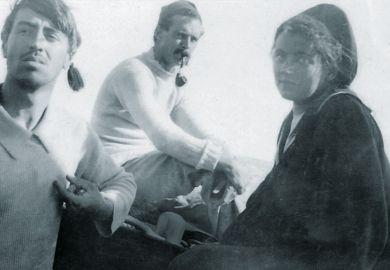 Walter Reeve, Harold Oakeshott and Grace Oakeshott