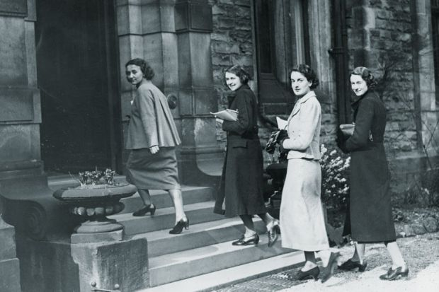 1930s female students, University of Leeds