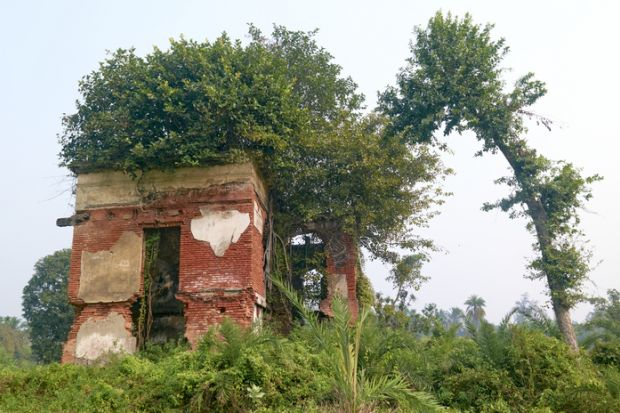 Ancient ruins of the Achipur Barood Ghar, officially known as the Achipur Powder Magazine en route Kolkata Port.