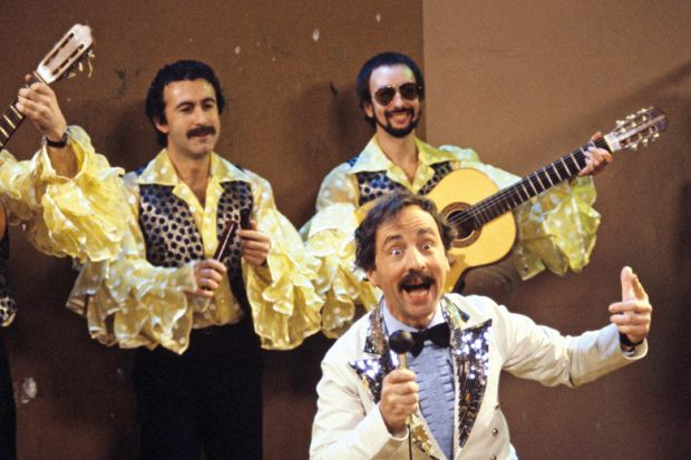 Andrew Sachs singing as 'Manuel', Fawlty Towers
