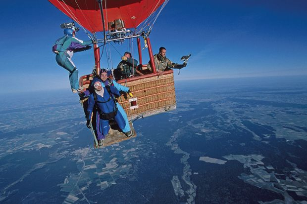 Jumping from hot air balloon