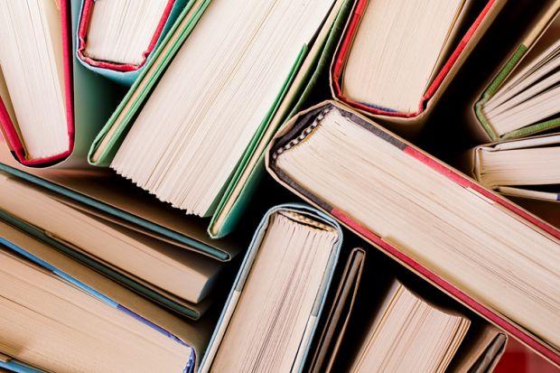 7 دلیل برای اینکه کتاب بخوانید