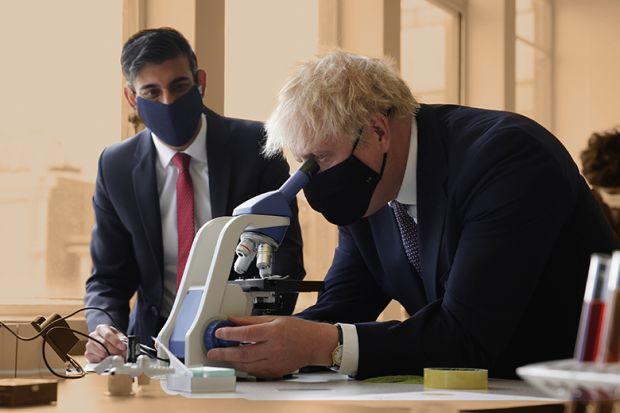 Boris Johnson and Rishi Sunak in a school science lesson