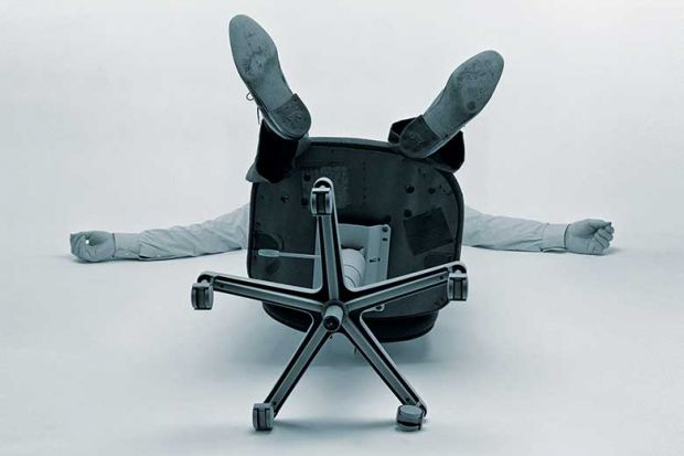 chair-worker-floored