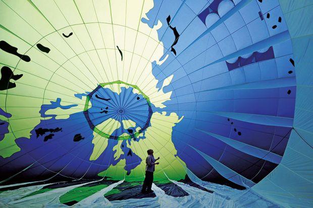 globe-balloon