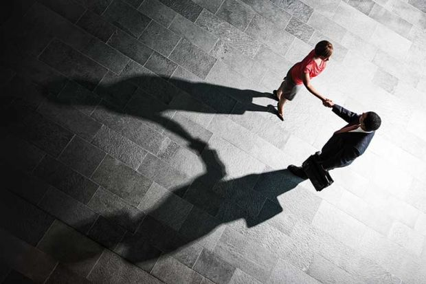handshake_shadow_getty
