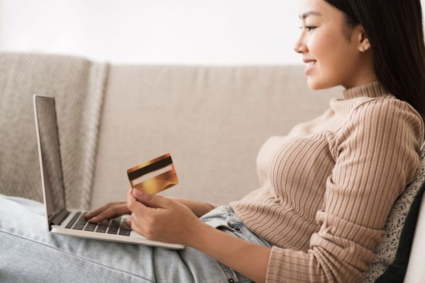 A guide to student bank accounts in Canada